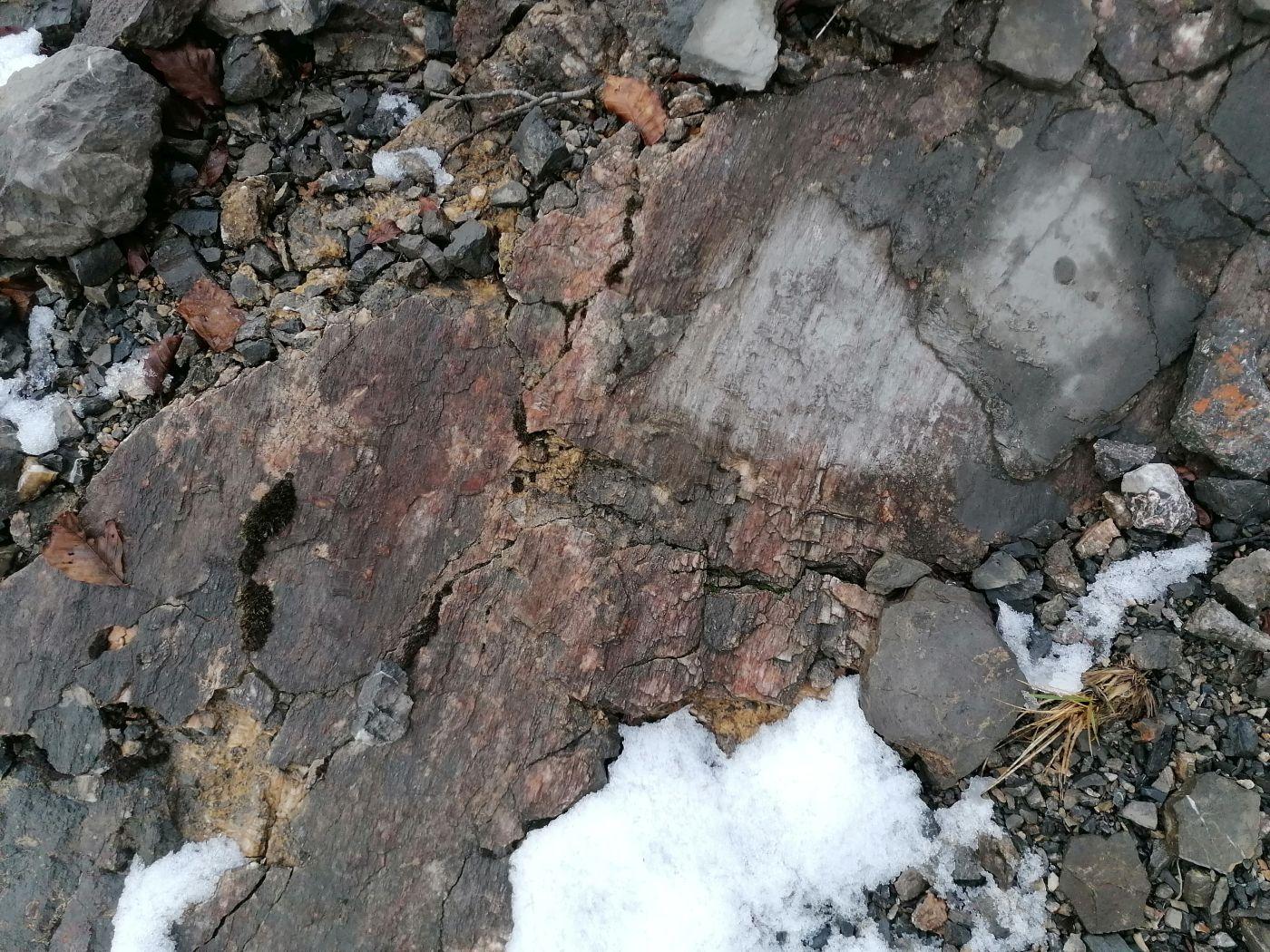 žičara radeševo - prikaz strija u sklopu stijenske mase